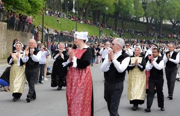 Défilé du Tradi'Deiz de Vannes